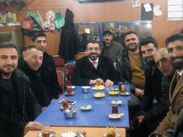 AK Parti İl Başkanı Adem Çalkın, Kağızman'da gençlerle buluştu