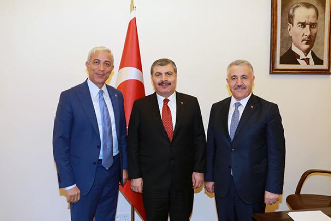 Arslan ve Kılıç, Sağlık Bakanı Koca ile Kars Bölge Hastanesini görüştü