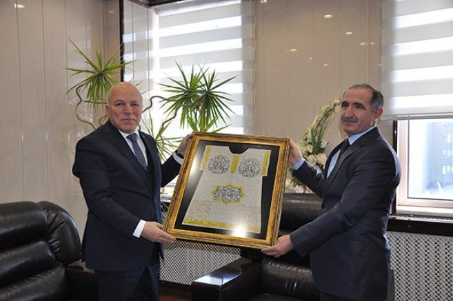 Başkan Sekmen, KAÜ Rektörü Kapu'yu ziyaret etti