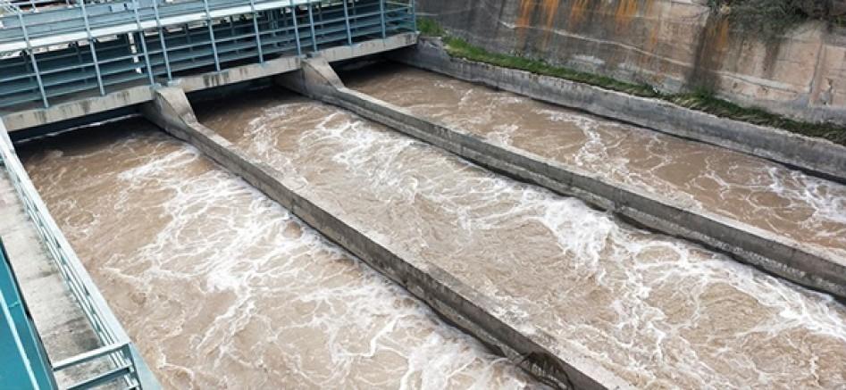 Doğunun Çukurovasında sulama sezonu devam ediyor