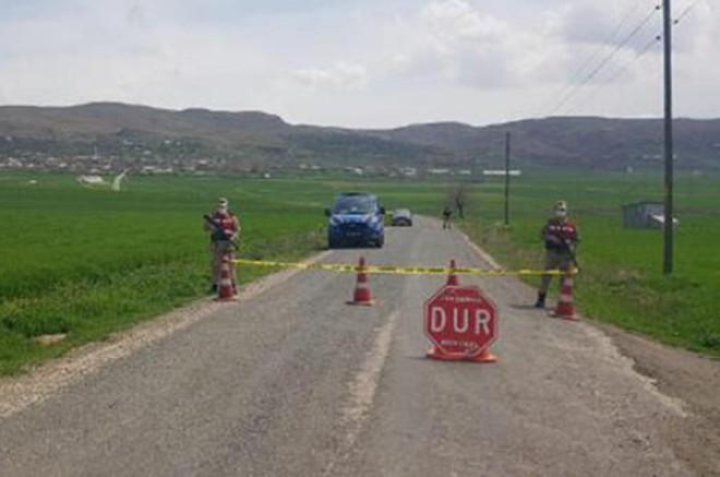 Kağızman Karabağ köyü, koronavirüs kapsamında karantinaya alındı