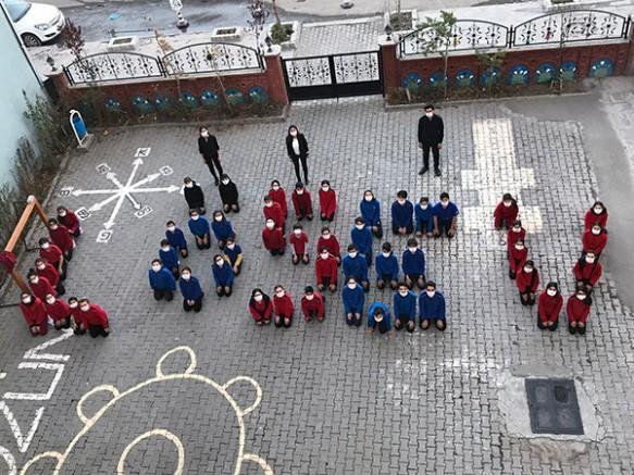 Kars Çözüm Akademi öğrencileri Lösemiye dikkat çekti
