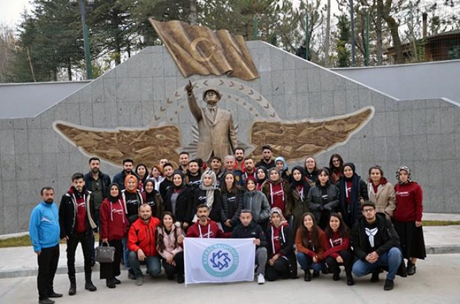 Kars Emniyeti, öğrencilere Ankara'yı gezdirdi