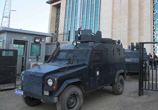 Kars merkezli 6 ilde FETÖ/PDY operasyonu: 5 gözaltı