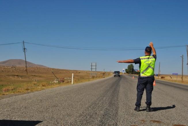 Kars'ta, 87 araca 37 bin 493 TL trafik cezası