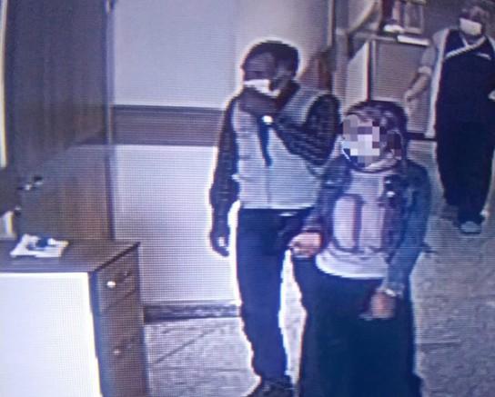 Kars'ta, Covid-19 testi pozitif çıkarak kaçan baba-kız yakalandı