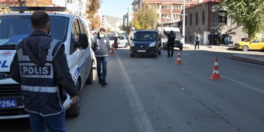 Kars'ta polisten 'şok' uygulama!
