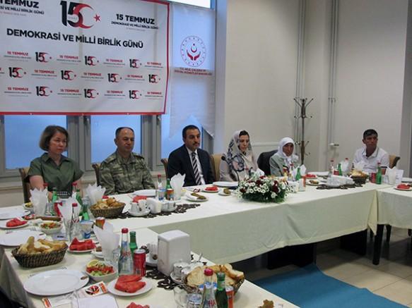 Kars'ta, Şehit yakınları ve Gaziler 15 Temmuz yemeğinde bir araya geldi