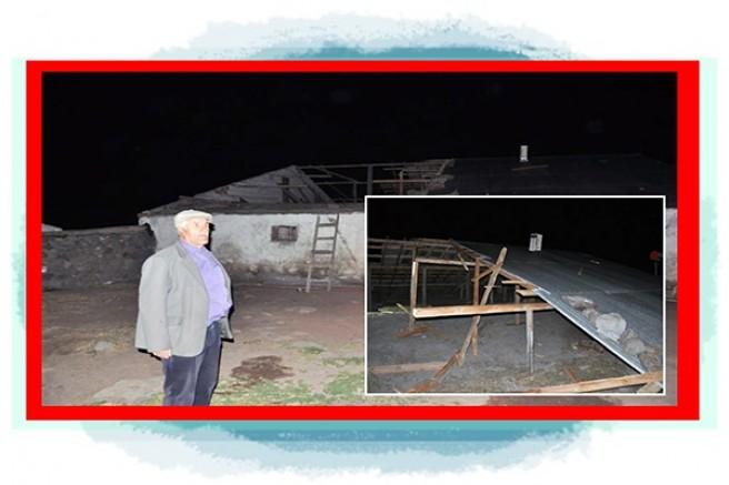 Kars'ta, şiddetli rüzgar evlerin çatısını uçurdu