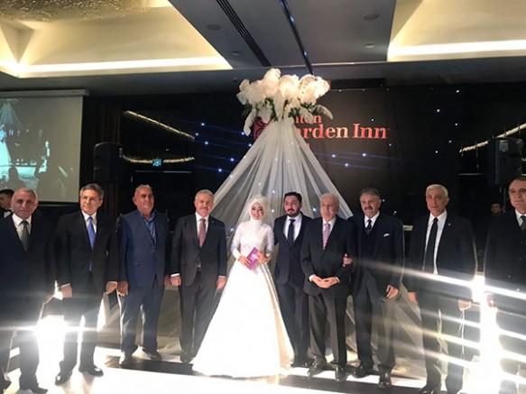 Kaymakam Nur Sevinç Özbek, Karslı İşadamı Taylan Çakas ile evlendi
