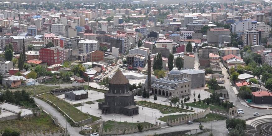 Serhat şehri Gazi Kars, Doğu'nun parlayan yıldızı olma yolunda hızla ilerliyor