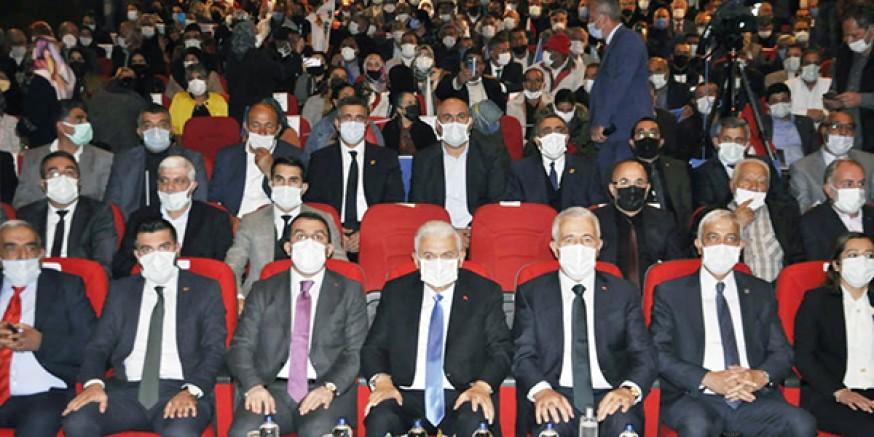 Son Başbakan Binali Yıldırım, Kars'tan Ermenistan'a çağrıda bulundu