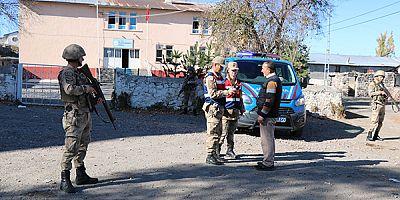 """Jandarma'dan """"Türkiye Huzur ve Güven Uygulaması"""""""
