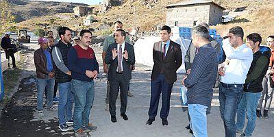 Vali Türker Öksüz, Kars Vadisi ve Bedesten inşaatını inceledi