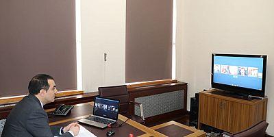 Vali Türker Öksüz, Kaymakamlarla video-konferansla görüştü