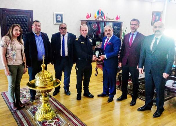 TÜRKAV ve Türkiye Kamu-Sen'den, Emniyet Müdürü Yavuz Sağdıç'a ziyaret