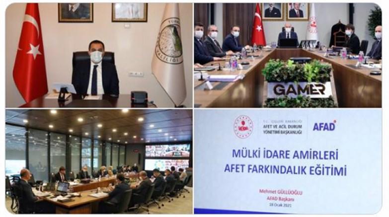 Vali/Belediye Başkanı Türker Öksüz, Bakan Soylu'nun toplantısına katıldı