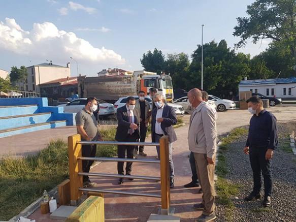 """Vali Türker Öksüz, """"Kars Çayı Islahı"""" projesini inceledi"""