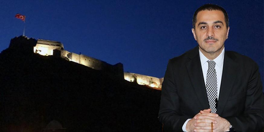 Vali Türker Öksüz, Kars için önemli hizmetlere başarıyla imza atıyor